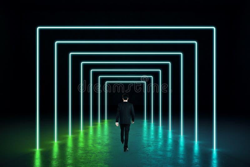 Abstrakt grön neonkorridor royaltyfria bilder