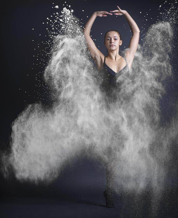 abstrakt kvinna för dansillustrationinc arkivbild