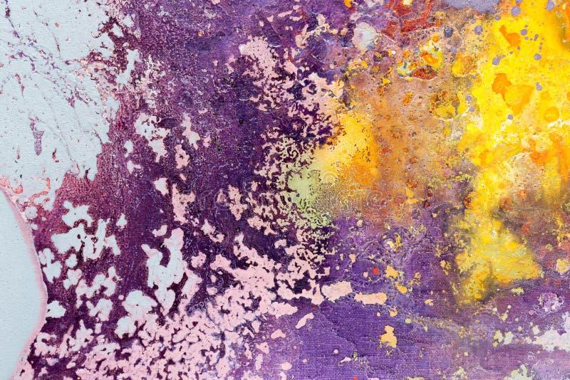 Abstrakt målningfärgtextur Ljus konstnärlig bakgrund i purpurfärgat och gult arkivbild