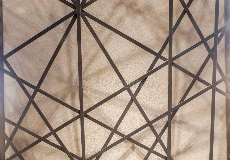 Abstrakt modell av strukturen för stålram royaltyfria bilder