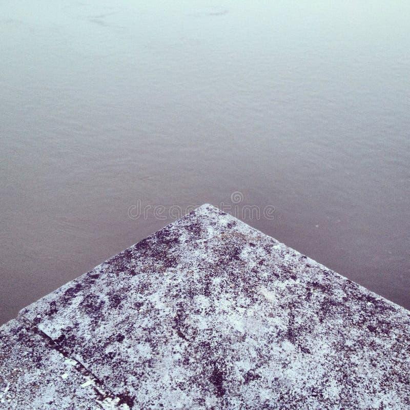 Abstrakt pyramid arkivbild