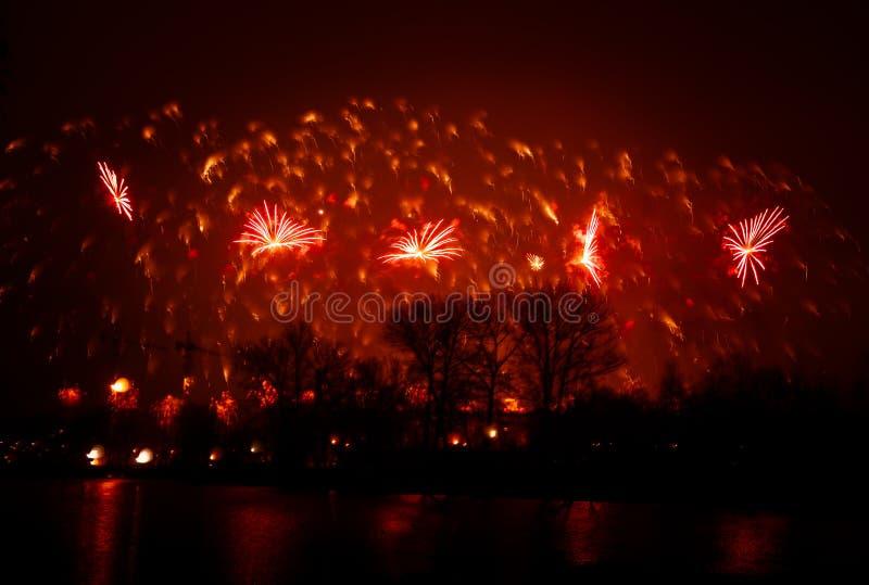 Abstrakt, rozmyty, styl kolorowa fajerwerki w czerwonym brzmieniu fotografia zdjęcie stock