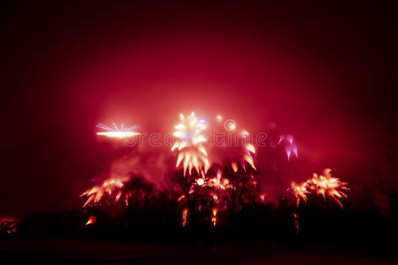 Abstrakt, rozmyty, styl kolorowa fajerwerki w czerwonym brzmieniu fotografia fotografia stock