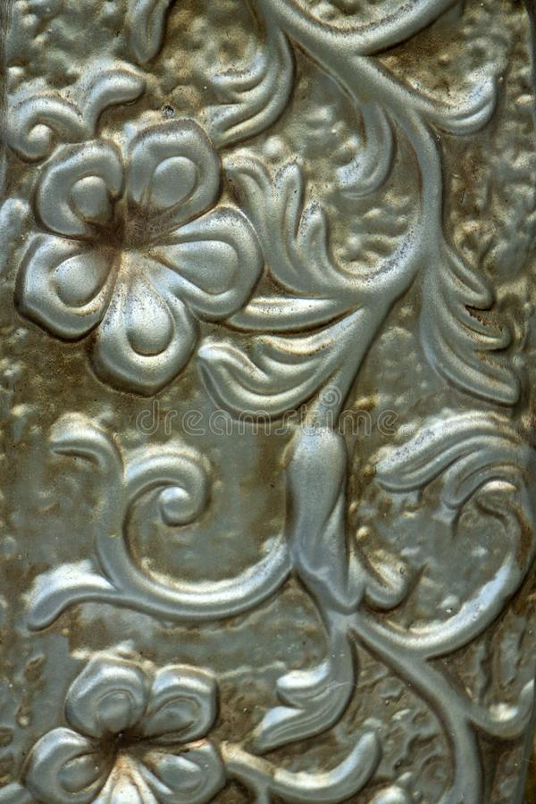 Abstrakt stilfull textur utföra i relief legeringsaluminiumborsten arkivfoto