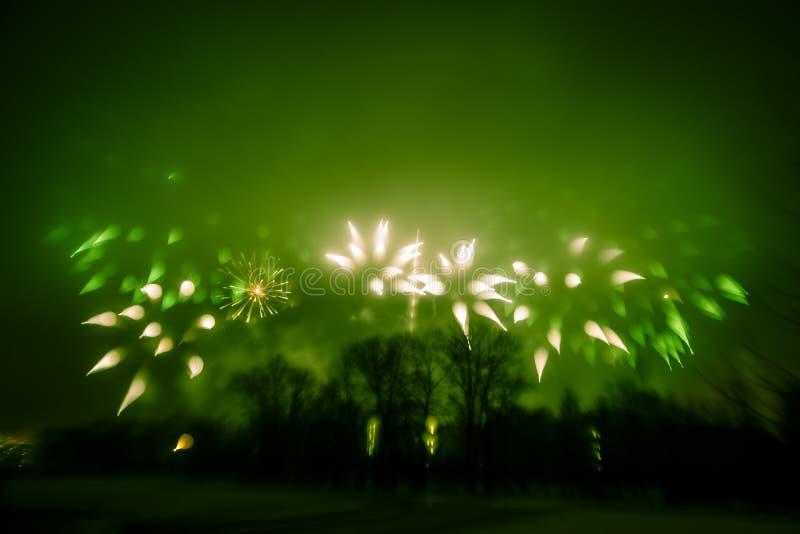 Abstrakt stylowa kolorowa fotografia fajerwerki w zielonym brzmieniu fotografia royalty free