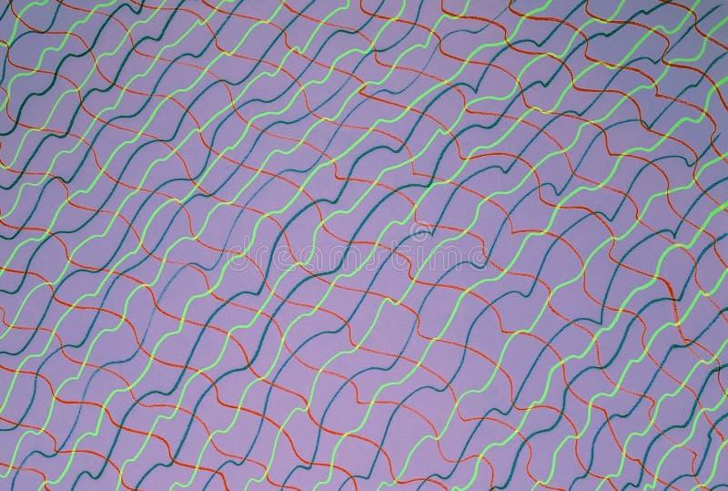 Abstrakt teckning på purpurfärgat papper arkivfoto