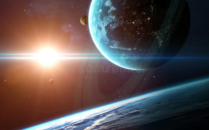 Abstrakt vetenskaplig bakgrund - planeter i utrymme, nebulosa och stjärnor Beståndsdelar av denna avbildar möblerat av NASAnasa g royaltyfri bild