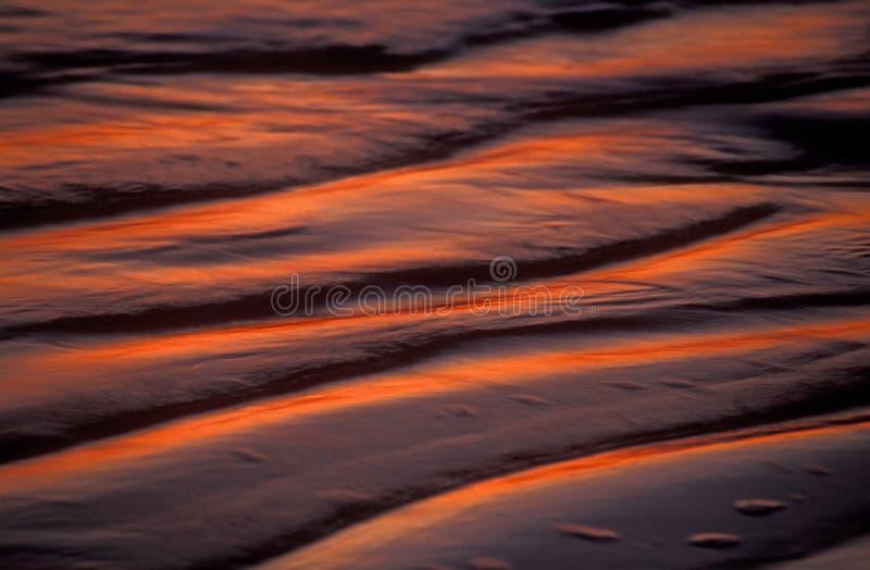 Download Abstrakt wave fotografering för bildbyråer. Bild av rött - 32747