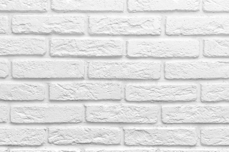 Abstrakt wietrzał tekstura plamiącego starego stiuku światło - szarego bielu ściana z cegieł tło, grungy bloki kamieniarka obraz stock