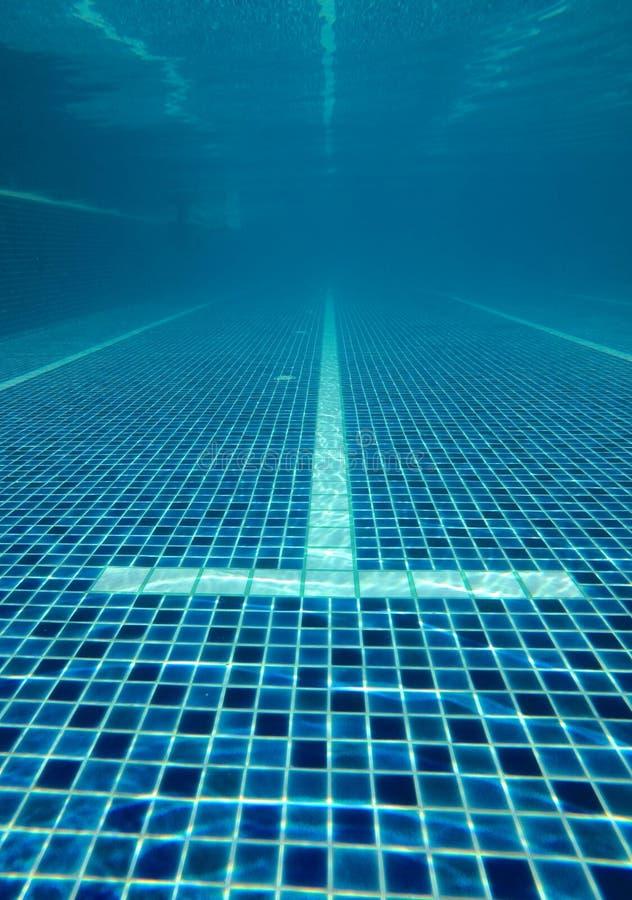 Abstrakt woda zamazywał wizerunki, tekstury i style baseny które współzawodniczą w 2020 Olympics przy Tokio, Japonia zdjęcia stock
