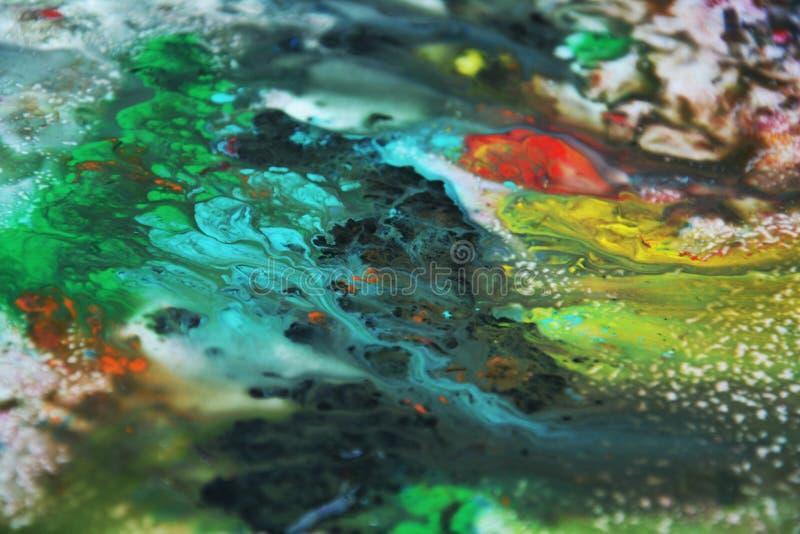 Abstrakta blåa för blandningmålarfärg för gul gräsplan orange färger och toner Abstrakta unika blöter målarfärgbakgrund Målningfl fotografering för bildbyråer