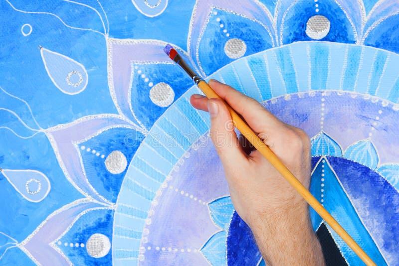 Abstrakta blått målad bildmandala av Vishuddha royaltyfria bilder