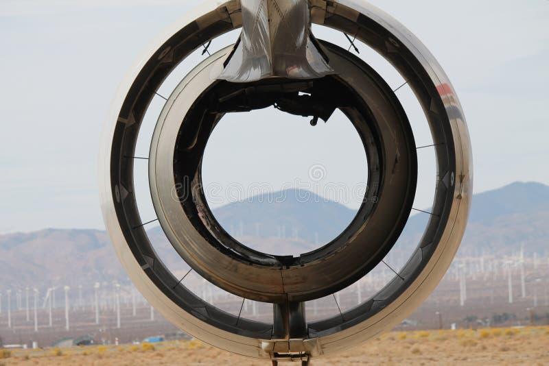 Abstrakta Jet Engine med öknen i bakgrund royaltyfria foton