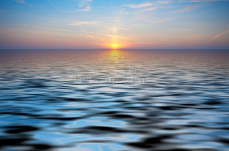 abstrakta zachód słońca z oceanu obraz royalty free