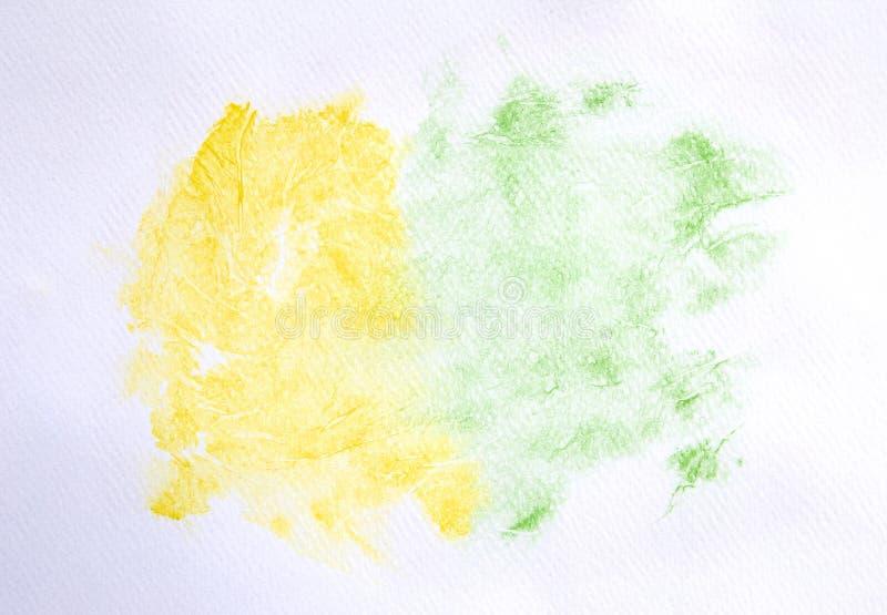 Abstrakte gelbe und grüne Aquarellfarbe auf Weißbuchbeschaffenheitshintergrund stockbilder