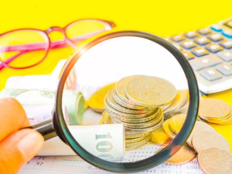Abstrakte Geldeinsparung lizenzfreies stockbild