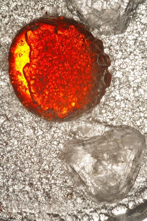 Abstrakte Kunst rotes orange Glas lizenzfreies stockfoto