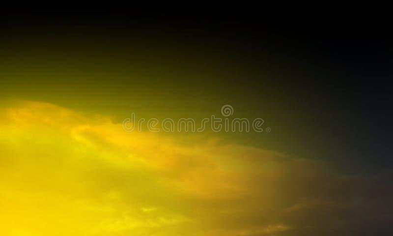 Abstrakte Rauchhuka auf einem schwarzen Hintergrund stockfotos