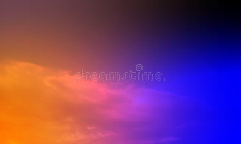 Abstrakte Rauchhuka auf einem schwarzen Hintergrund stockbilder
