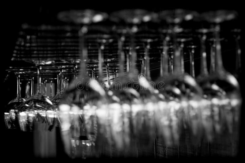 Abstrakte Weingläser stockfoto