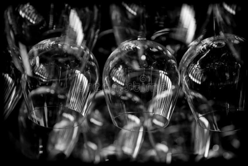 Abstrakte Weingläser lizenzfreies stockbild