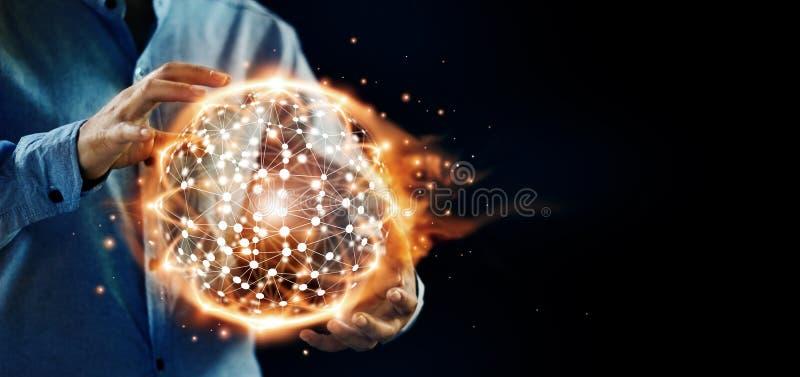Abstrakte Wissenschaft Hände halten globales Strukturnetz des heißen Kreises lizenzfreie stockbilder