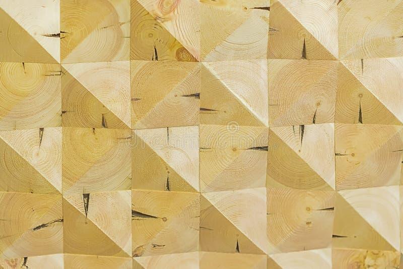 Abstrakter dekorativer ökologischer unbemalter heller hölzerner Hintergrund, geometrisches Mosaikmuster, natürliche Oberfläche Ku stockbilder