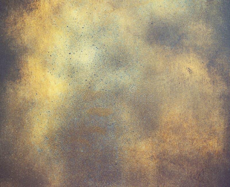 Abstrakter Hintergrund, alte metallische Platte mit goldener Farbe auf Oberfläche stockfotografie