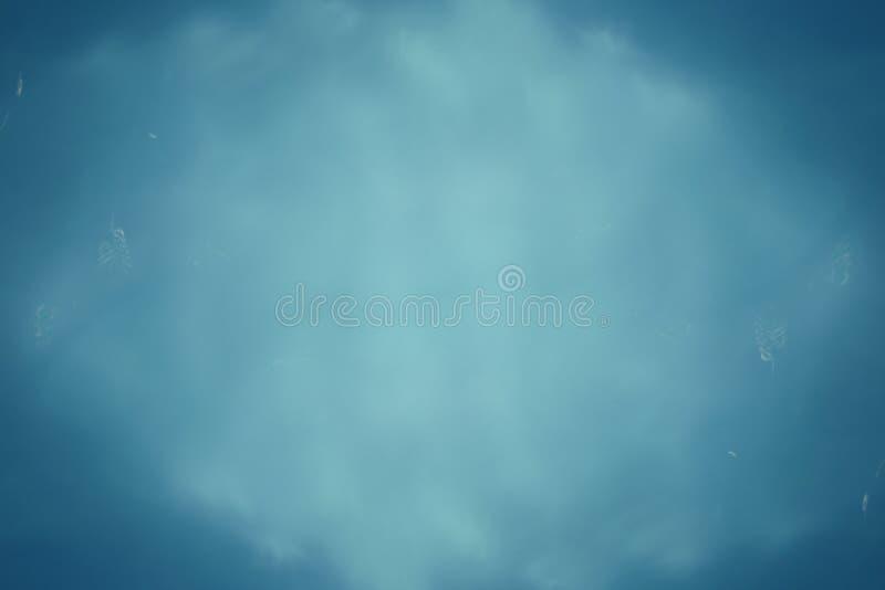 Abstrakter Hintergrund des blauen Wassers stockfotografie