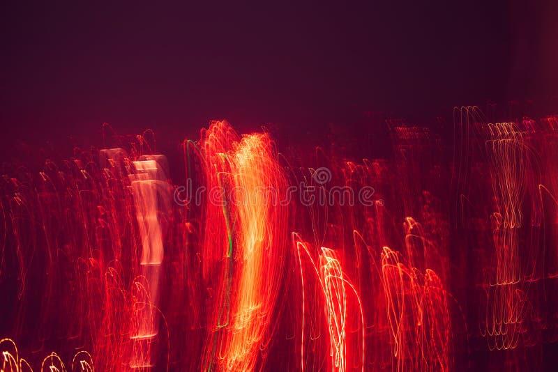 Abstrakter Hintergrund mit Lichtern und Bewegung, Linien und Lichter in der Unschärfe stockbild