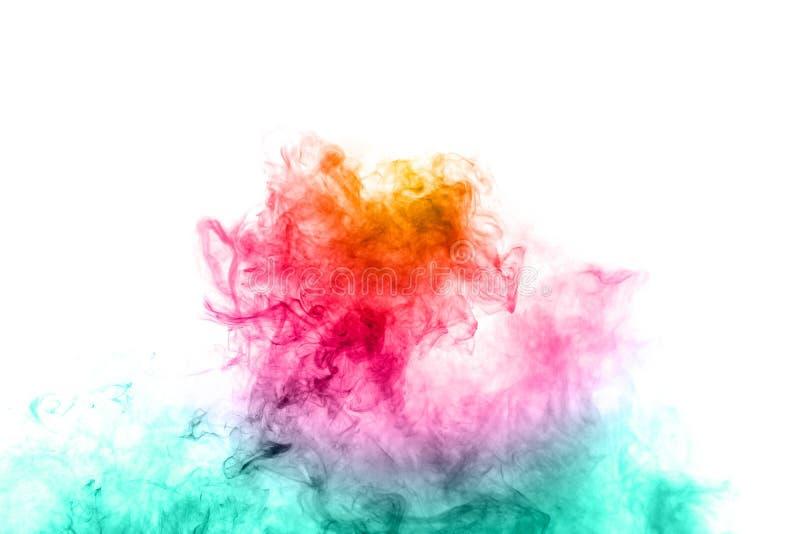 Abstrakter mehrfarbiger Rauch auf weißem Hintergrund Abstrakter heller bunter Rauch auf Hintergrund lizenzfreie stockfotos
