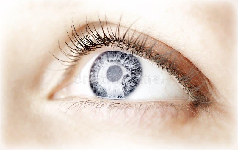 Abstraktes blaues Auge stockfotografie