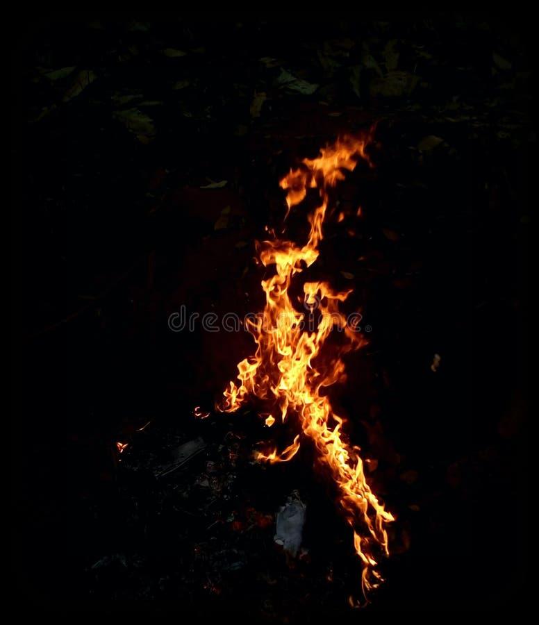 Abstraktes brennendes Feuer stockfotografie