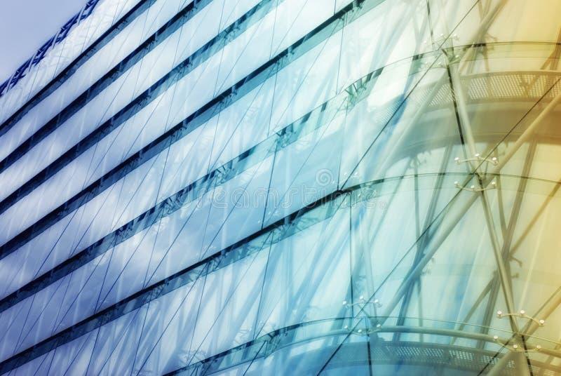 Abstraktes Detail des Bürogebäudes lizenzfreie stockfotografie