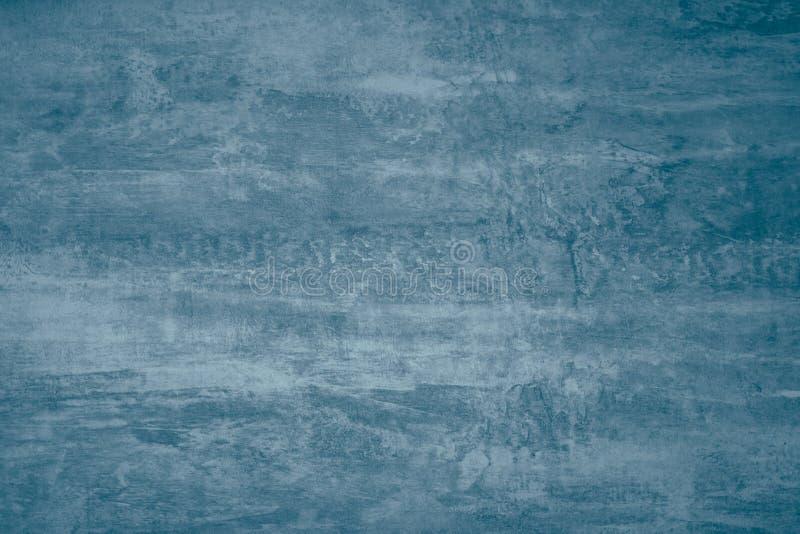 Abstraktes Farbenmuster auf dunkelblauem grauem Hintergrund Blaue Farbenflecke auf Segeltuch Illustration mit Flecken auf dunkelg stockfoto