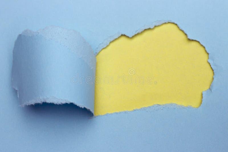 Abstraktes farbiges Papier, Pastellgelb und blauer Hintergrund, heftiges Papier lizenzfreie stockfotografie