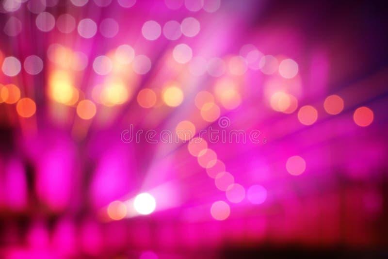 Abstraktes mehrfarbiges Licht auf Stadiumshintergrund lizenzfreie stockbilder
