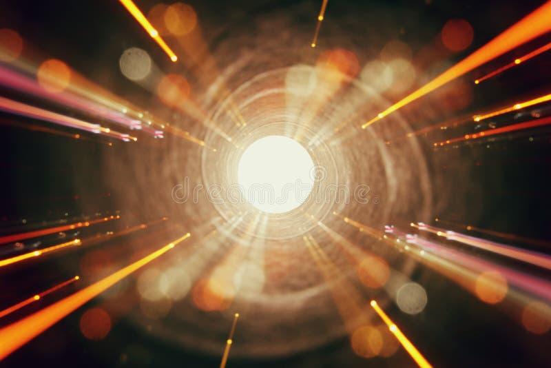Abstraktes Objektiv-Aufflackern Konzeptbild des Raum- oder Zeitreisehintergrundes über dunklen Farben und hellen Lichtern stockfotografie