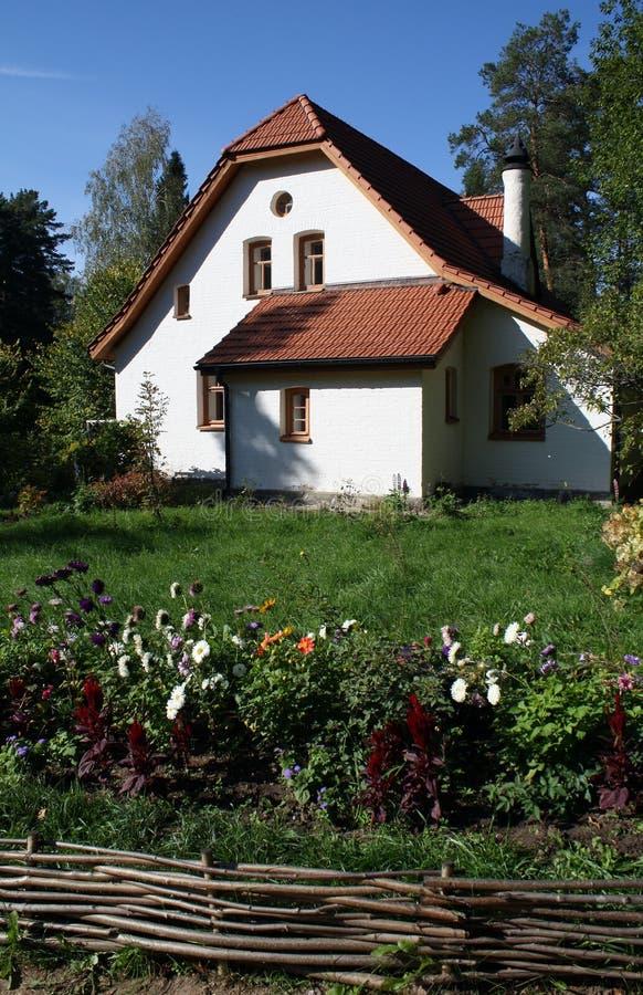 Abtei im Zustand Polenovo stockfotografie