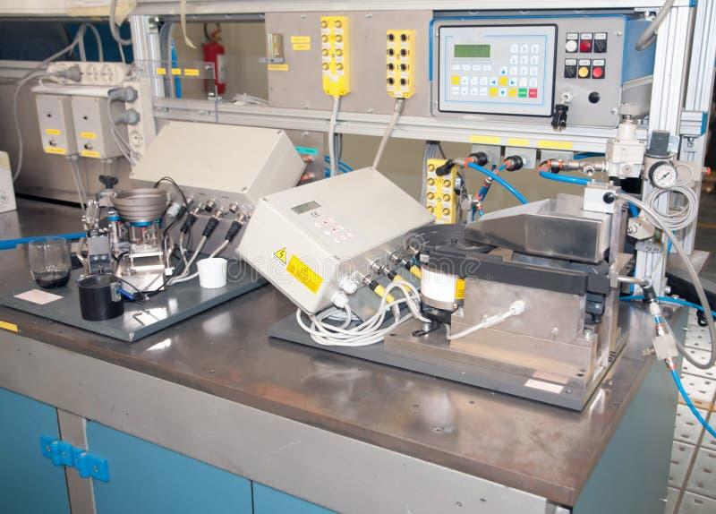 Abteilung R&D - Baulinie für Automatisierung stockfotos