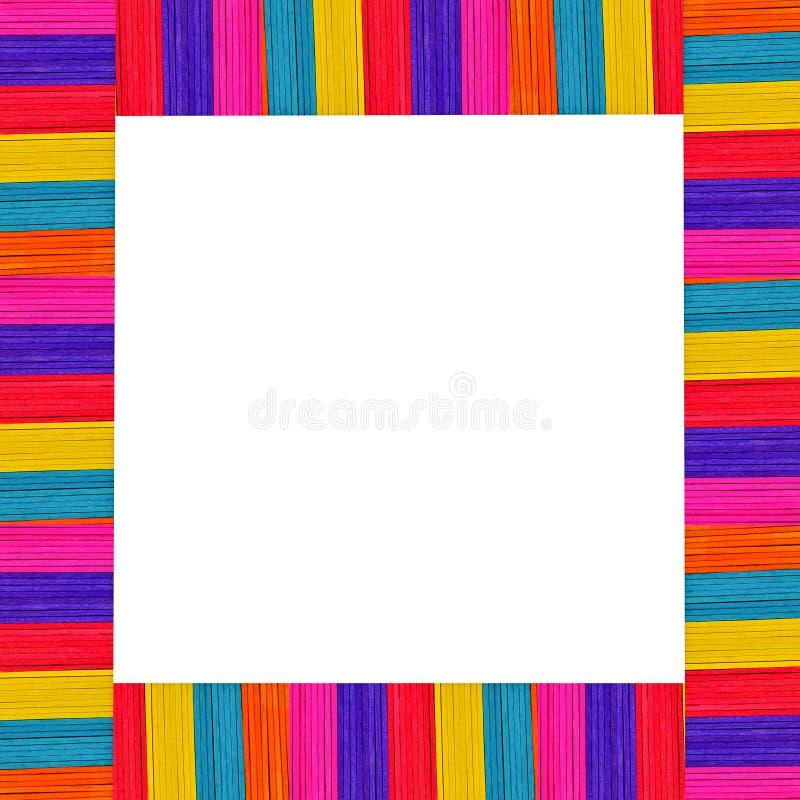 Abtractachtergrond van multi-colored houten roomijs en wit stock afbeeldingen