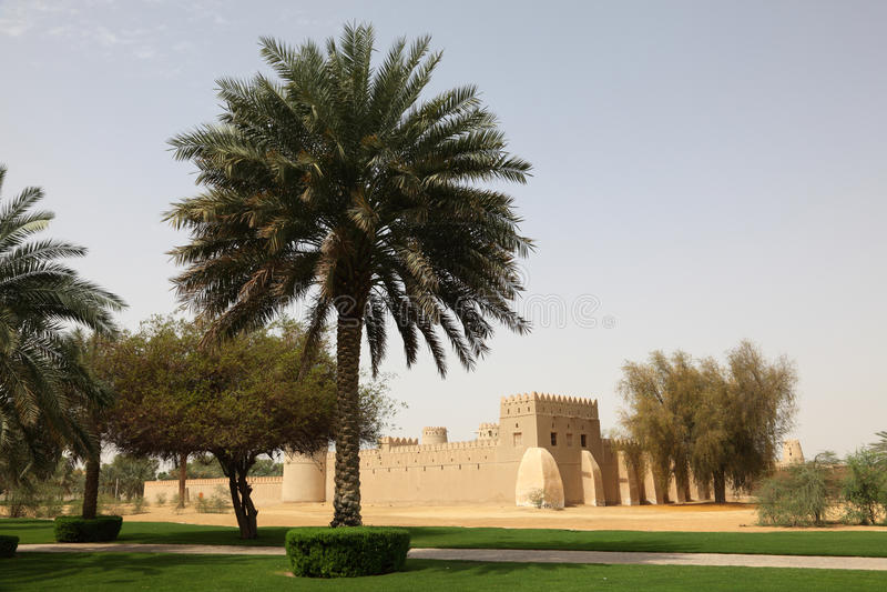 abu自己的Al古老dhabi堡垒 免版税库存图片