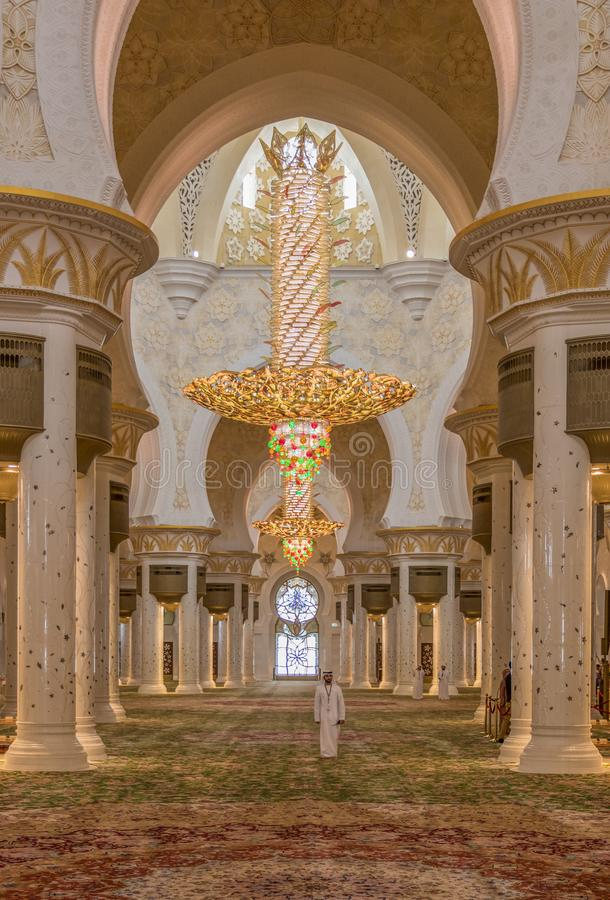 Abu Dhabi: the amazing Sheikh Zayed Mosque stock photos