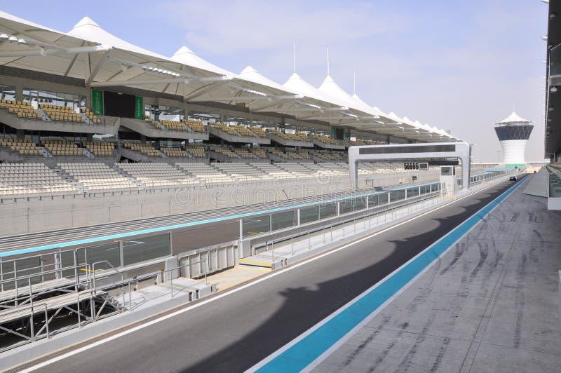 Abu Dhabi. A pista da fórmula 1 imagens de stock royalty free