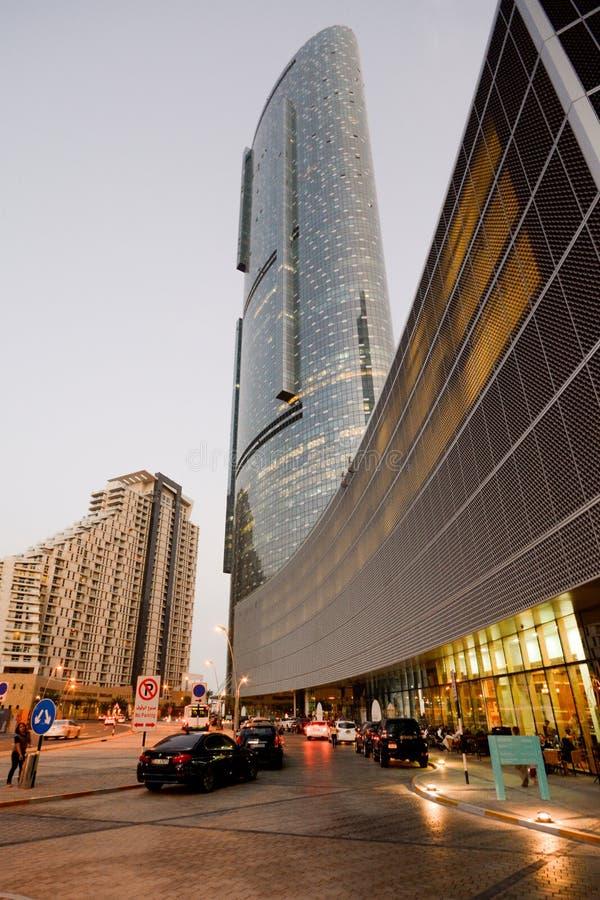 Abu Dhabi - słońca wierza obraz stock