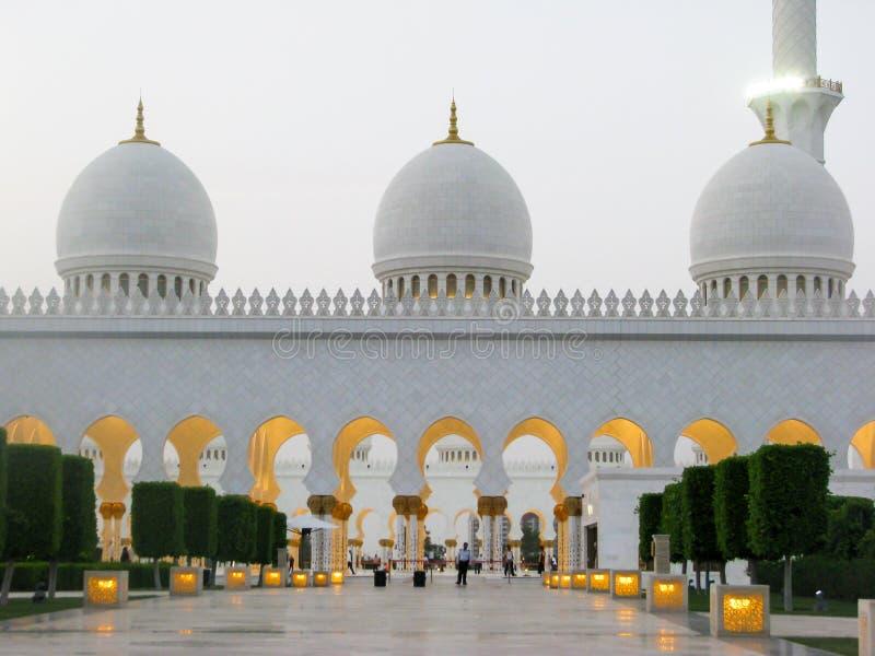 Abu Dhabi schejk zayed moské royaltyfri fotografi
