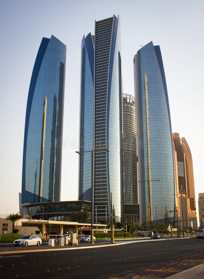 Abu Dhabi Skyscrapers photographie stock libre de droits