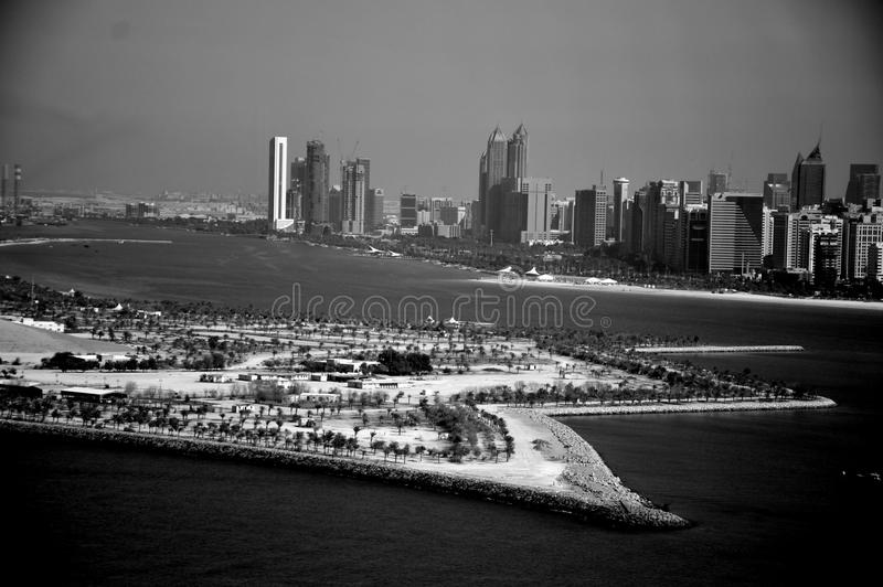 Abu Dhabi sur le bord de mer photographie stock libre de droits