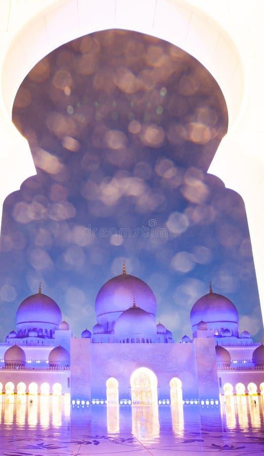 ABU DHABI, UAE - LUTY 2018: sheikh zayed uroczystego meczet, Abu Dhabi, UAE fotografia royalty free