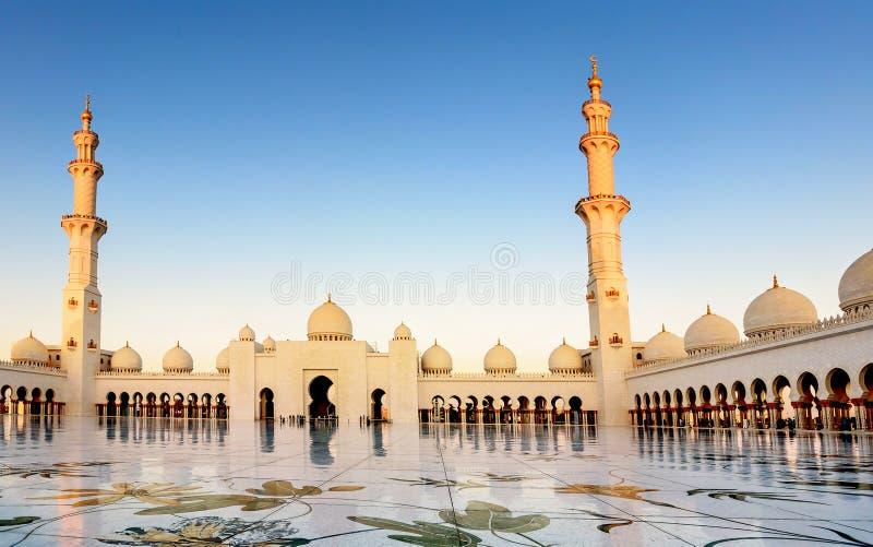 abu dhabi uroczysty meczetowy sheikh uae zayed zdjęcia royalty free